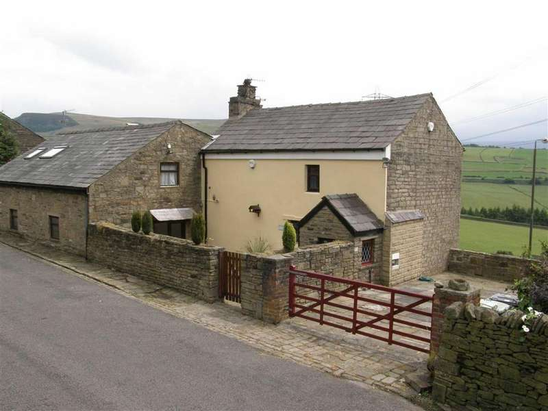 4 Bedrooms Detached House for sale in Woodhead Road, Glossop, Glossop
