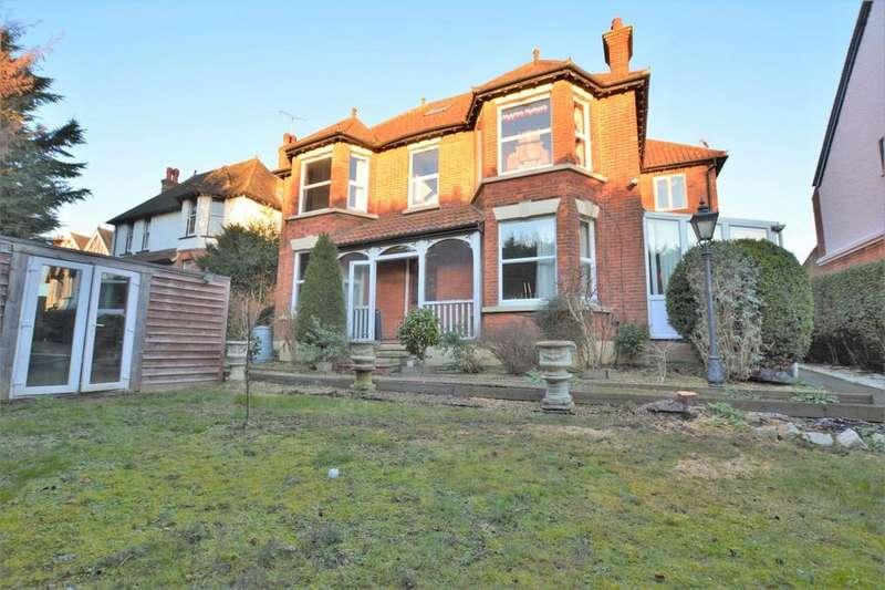 6 Bedrooms Detached House for sale in Faversham Road, Kennington, Ashford