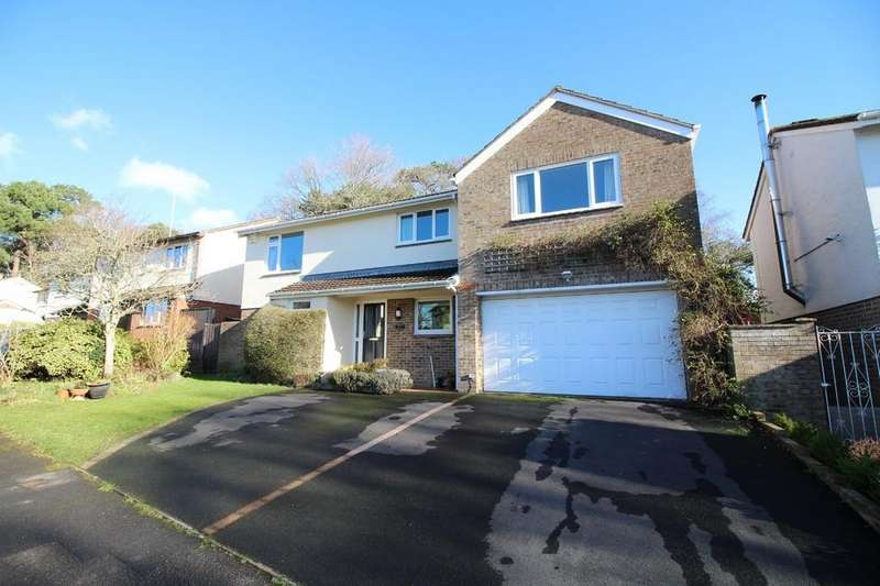 5 Bedrooms Detached House for sale in Woodcote Drive, Upton