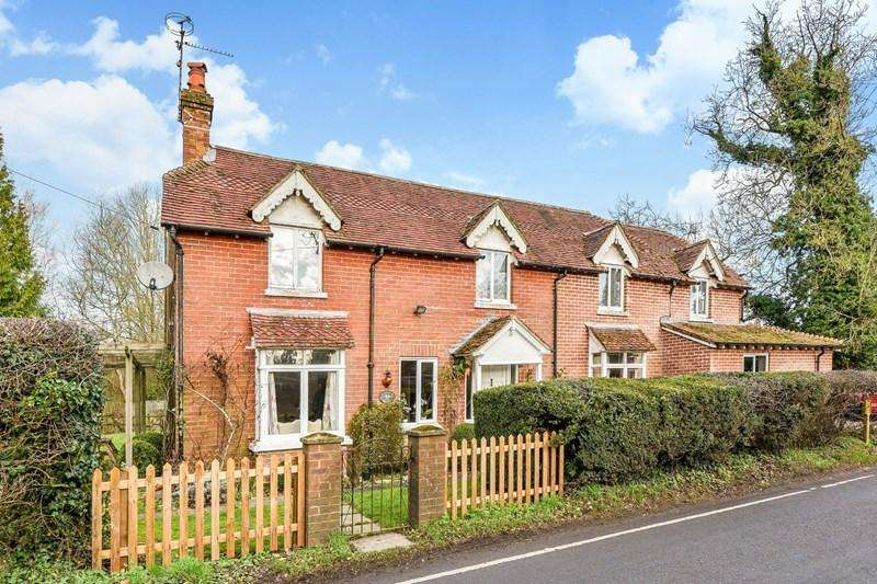 4 Bedrooms Detached House for sale in Church Lane, Goodworth Clatford, Andover