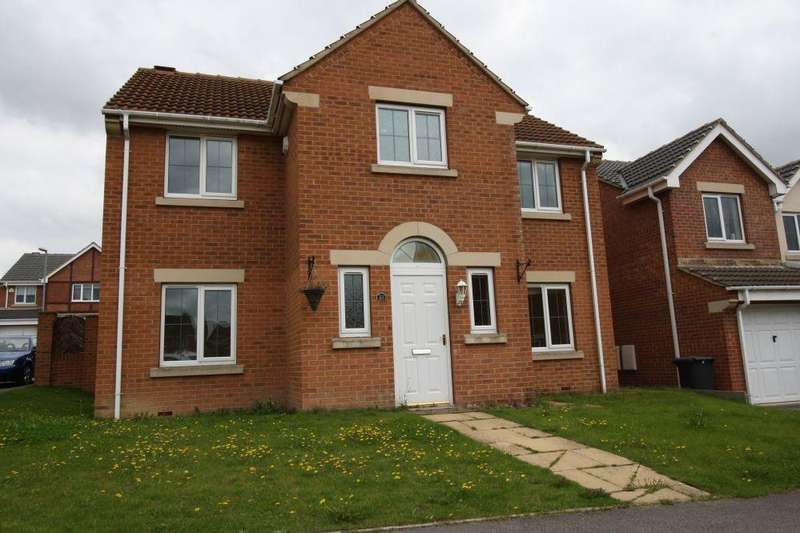 4 Bedrooms Detached House for sale in Northcroft, Shafton, Barnsley, S72 8WN