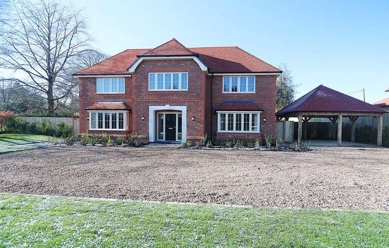 5 Bedrooms Detached House for sale in Blandys Lane, Upper Basildon, Berkshire