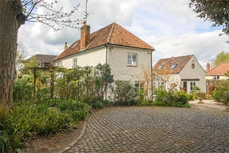 5 Bedrooms Detached House for sale in The Old Coach House, Sand Road, WEDMORE, Somerset