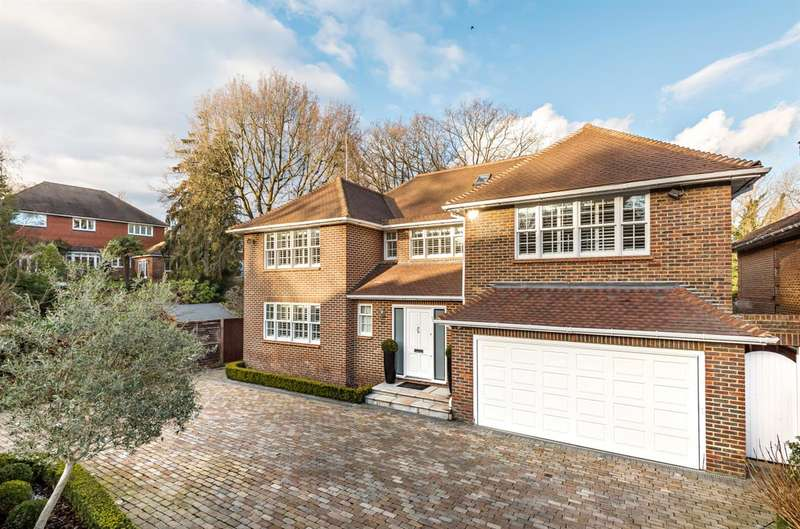 5 Bedrooms Detached House for sale in Harmsworth Way, Totteridge