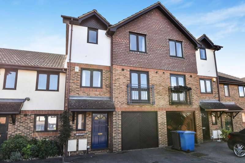 5 Bedrooms House for sale in The Wickets, Maidenhead, SL6
