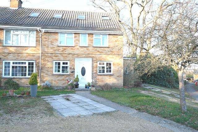 3 Bedrooms Maisonette Flat for sale in Rosebery Avenue, Hythe, Southampton, SO45 3HA