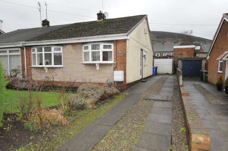2 Bedrooms Bungalow for sale in Buckton Vale Road, Stalybridge, SK15