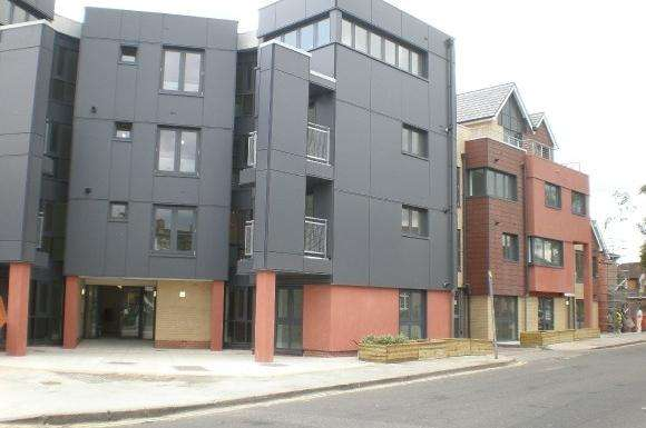 1 Bedroom Property for sale in Invito House, 12251 Bramley Crescent, Gants Hill, Ilford