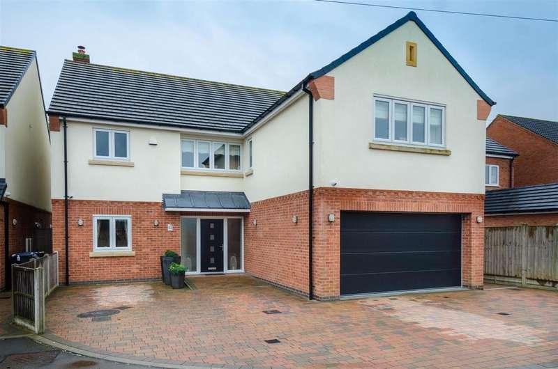 5 Bedrooms Detached House for sale in Eastwoods Road, Hinckley