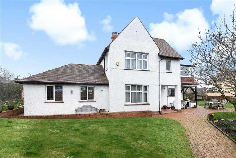 4 Bedrooms Detached House for sale in Drakes Avenue, Exmouth, Devon, EX8