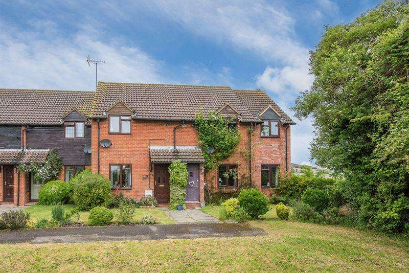 2 Bedrooms Terraced House for sale in Cheddington