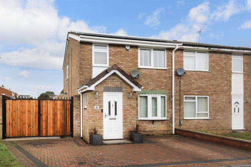 3 Bedrooms Semi Detached House for sale in Ventnor Gardens, Luton