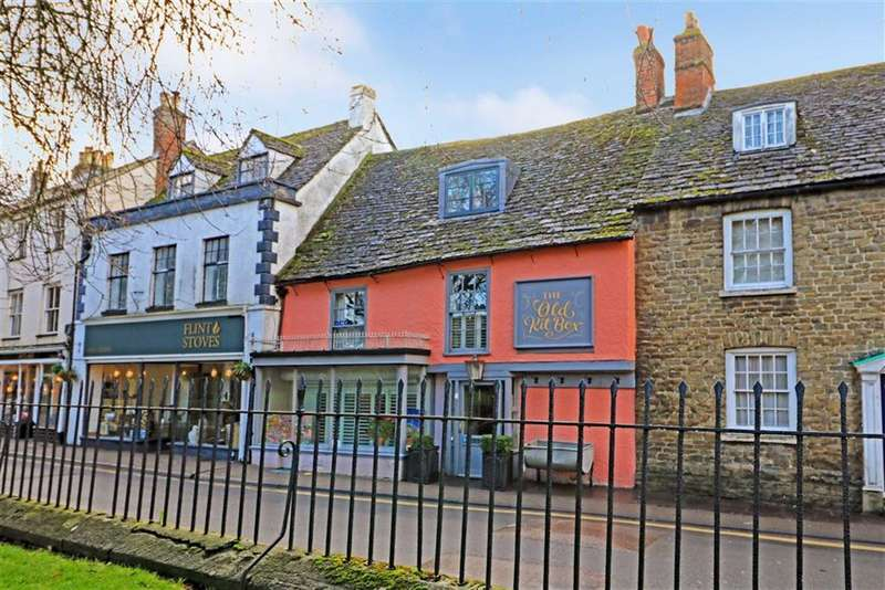5 Bedrooms Terraced House for sale in The Old Kit Box, 38, Gloucester Street, Malmesbury