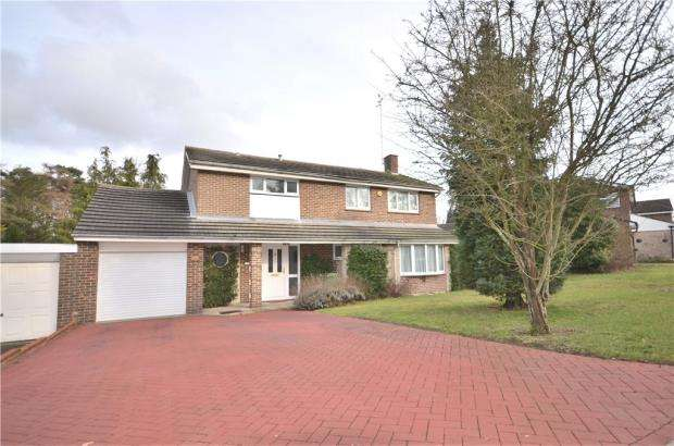4 Bedrooms Detached House for sale in Lily Hill Road, Bracknell, Berkshire