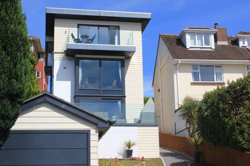 4 Bedrooms Detached House for sale in Churchfield Crescent, Poole Park, Poole