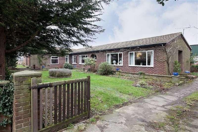 6 Bedrooms Detached Bungalow for sale in Lock Lane, Holme On Spalding Moor