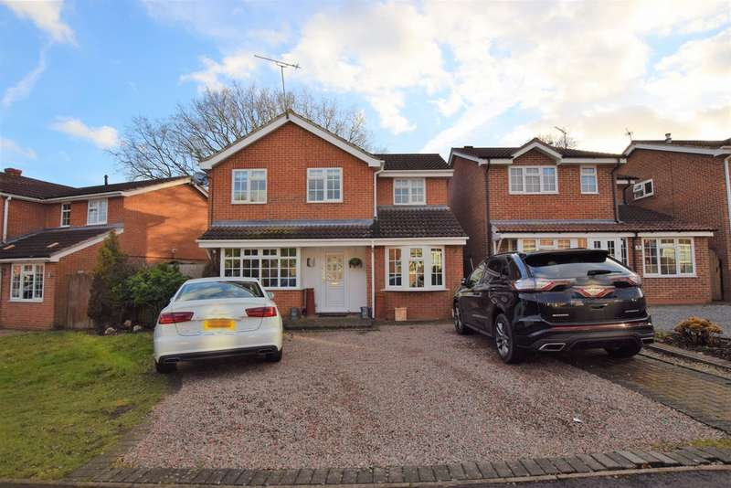4 Bedrooms Detached House for sale in Cherry Tree Drive, Barwell LE9