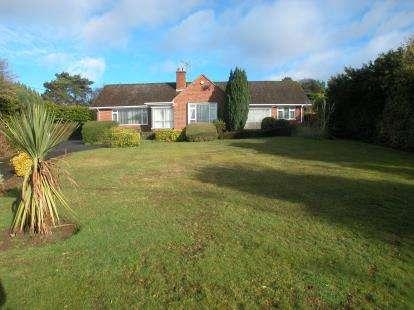 4 Bedrooms Bungalow for sale in Neston Road, Burton, Neston, Cheshire, CH64
