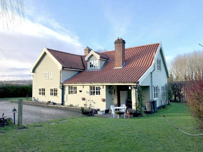 4 Bedrooms Detached House for sale in Fishponds Way, Haughley, Stowmarket IP14 3QW