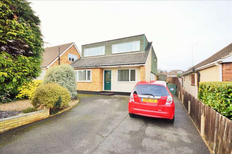 5 Bedrooms Detached House for sale in Lindon Road, Wickford