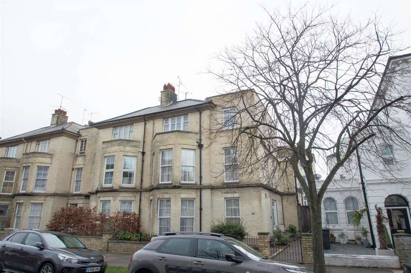 5 Bedrooms Terraced House for sale in Lushington Road, Eastbourne