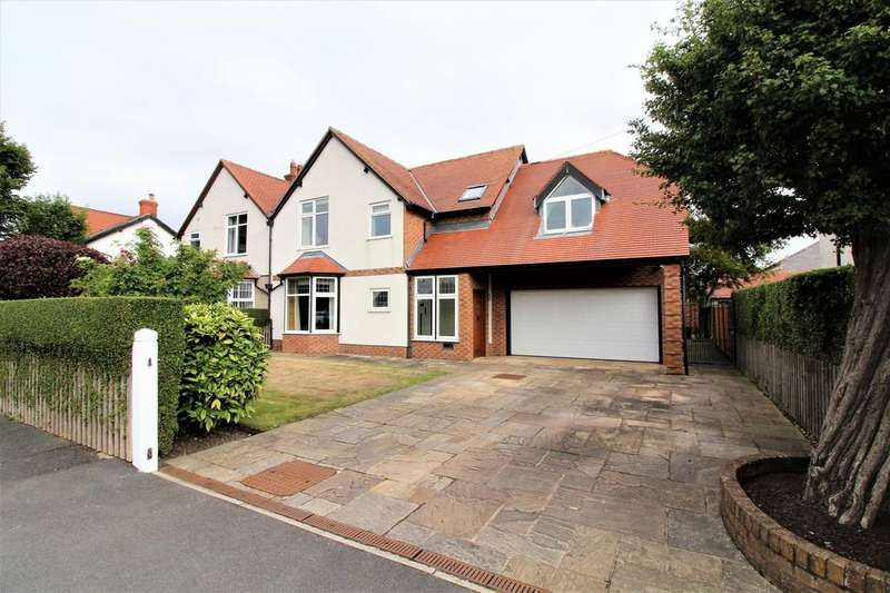 4 Bedrooms Semi Detached House for sale in West Drive, Thornton-Cleveleys, FY5