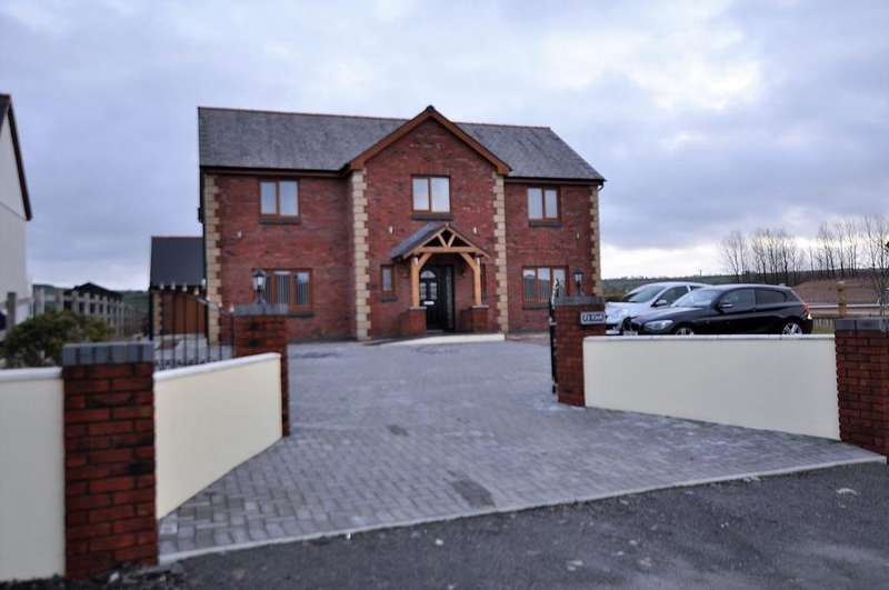 5 Bedrooms Detached House for sale in Ty Coch, Spring Gardens, Whitland SA34 0HR