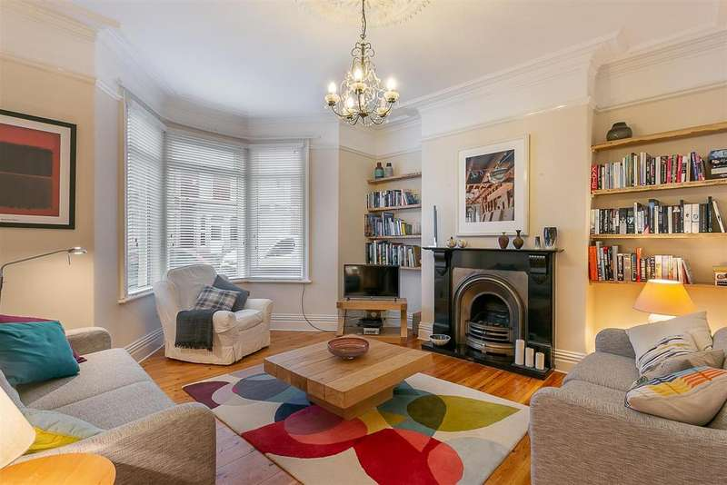 3 Bedrooms Terraced House for sale in Simonside Terrace, Heaton, Newcastle upon Tyne