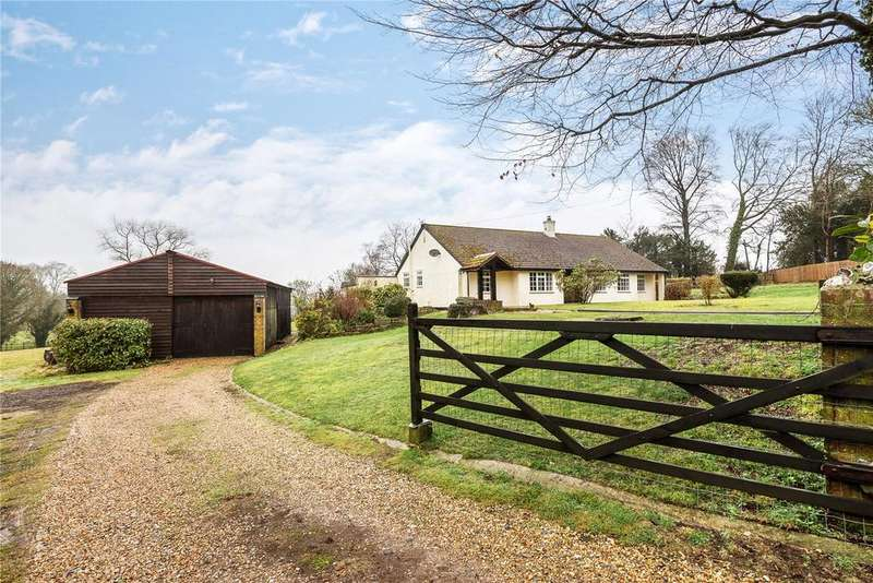 3 Bedrooms Bungalow for sale in Soames Lane, Ropley, Alresford, Hampshire, SO24