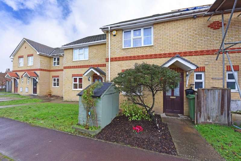 2 Bedrooms Terraced House for sale in Greenfinch Close, Owlsmoor