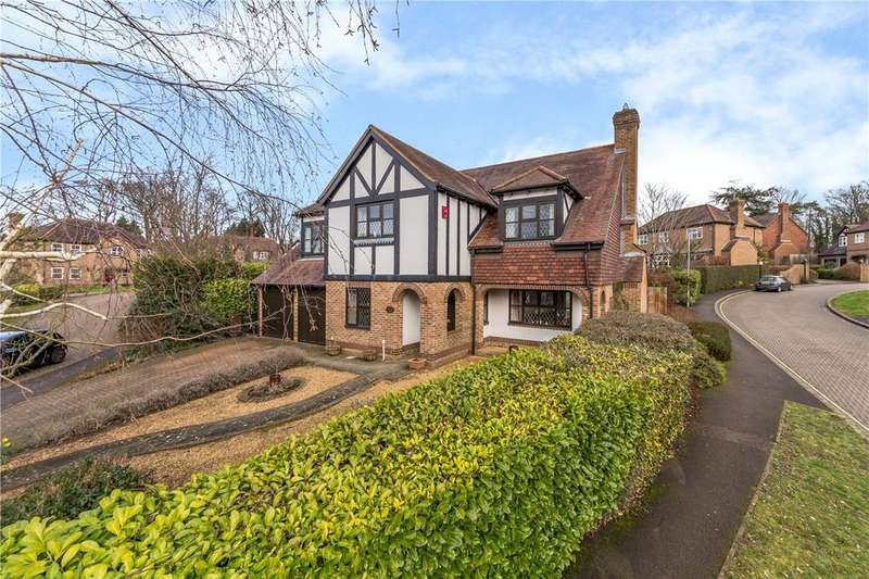 5 Bedrooms Detached House for sale in Hales Meadow, Harpenden, Hertfordshire