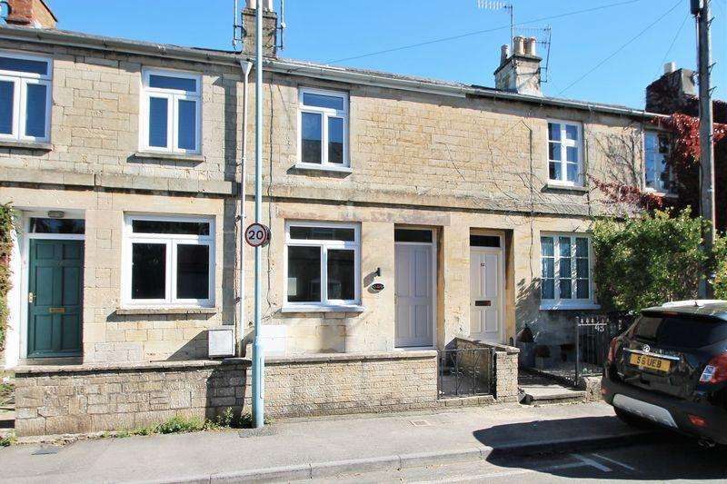 2 Bedrooms Terraced House for sale in Chester Street, Cirencester, Gloucestershire.