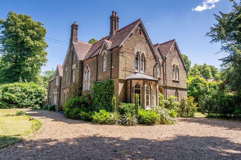 6 Bedrooms Detached House for sale in Wisbech