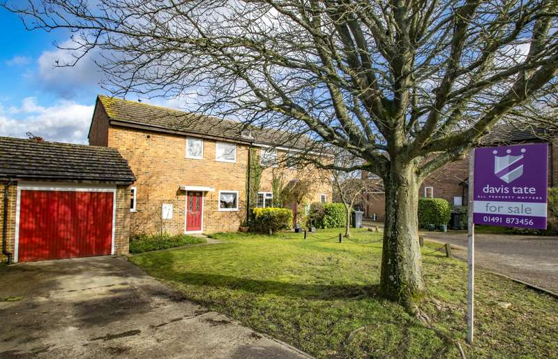 2 Bedrooms Semi Detached House for sale in Hagbourne Close, Woodcote, Reading, RG8