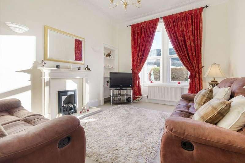 2 Bedrooms Ground Flat for sale in 13 (PF1), Royal Park Terrace, Edinburgh, EH8 8JB