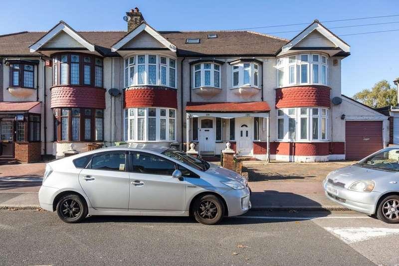 6 Bedrooms Terraced House for sale in Cavendish Gardens, Barking, Essex, IG11