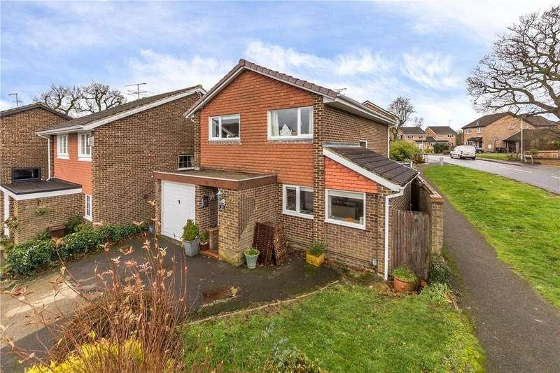 4 Bedrooms Detached House for sale in Aran Close, Harpenden, Hertfordshire