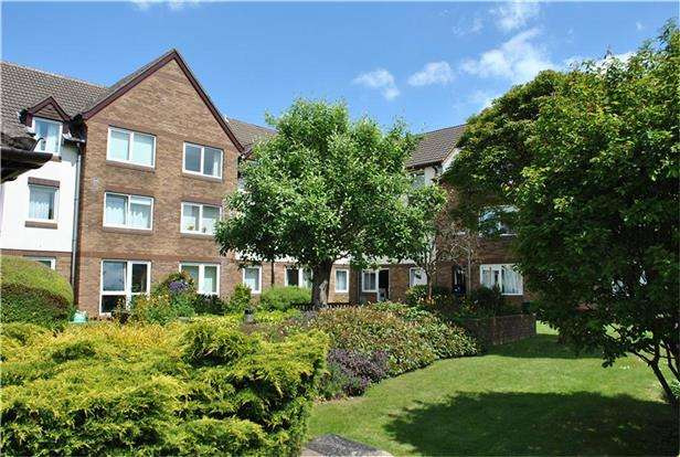 2 Bedrooms Flat for sale in Bath Road, Keynsham, BRISTOL, BS31 1SJ