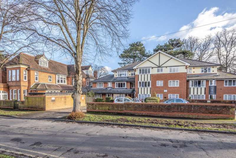 1 Bedroom Flat for sale in Sheringham Court, Maidenhead, SL6