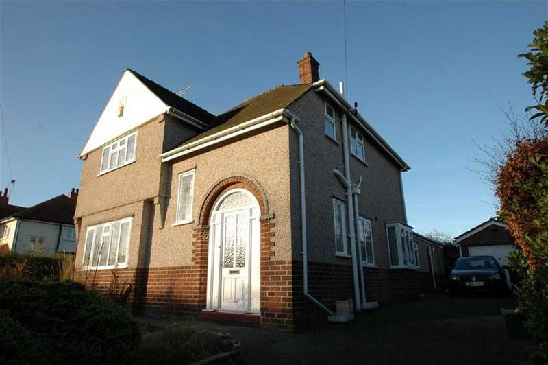 3 Bedrooms Detached House for sale in Green Lane, Vicars Cross, Chester