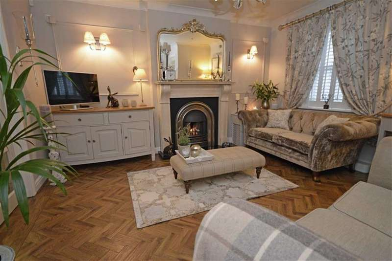 3 Bedrooms Terraced House for sale in The Gill, Ulverston, Cumbria