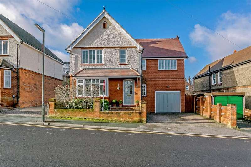 4 Bedrooms Detached House for sale in Bray Road, Guildford, Surrey