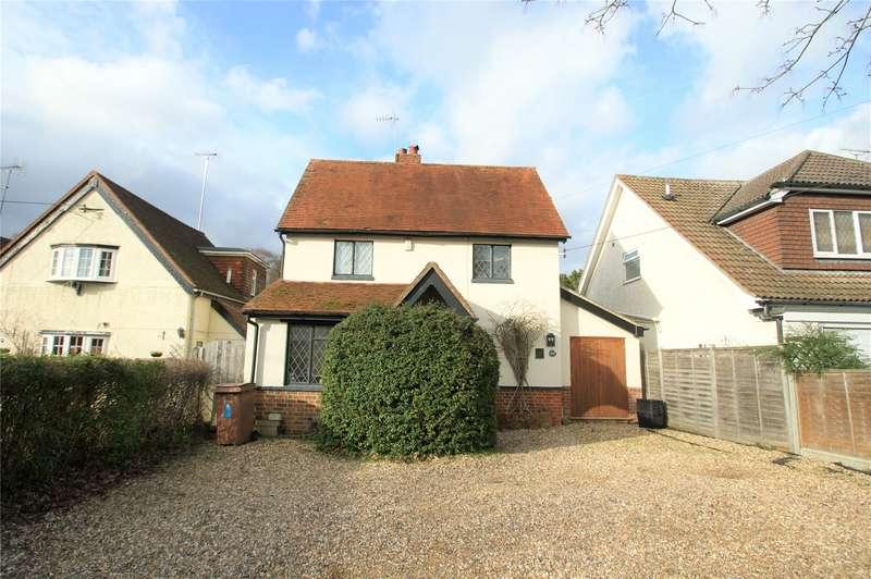 3 Bedrooms Detached House for sale in Barkham Road, Wokingham, Berkshire, RG41