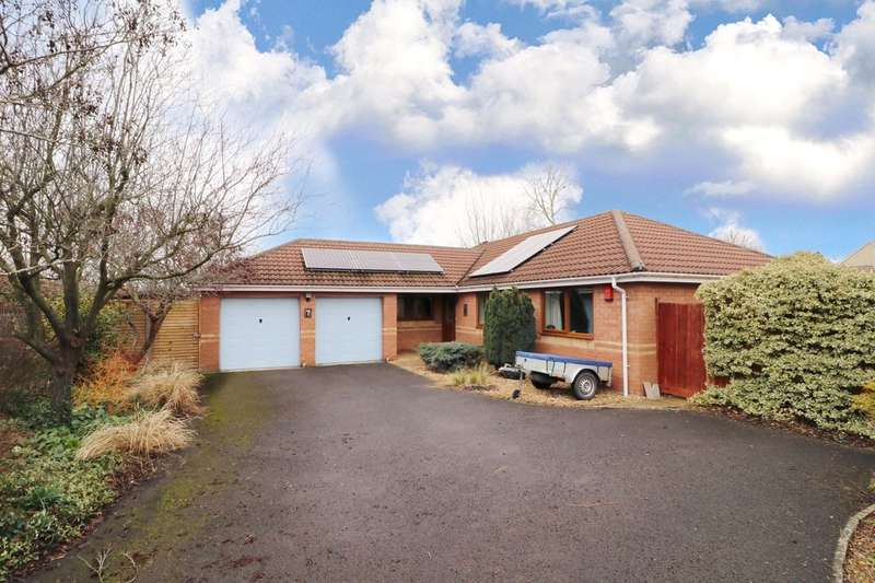 3 Bedrooms Detached Bungalow for sale in Wilton Orchard
