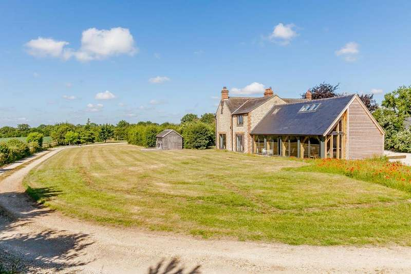 4 Bedrooms Country House Character Property for sale in Weston On The Green Oxfordshire