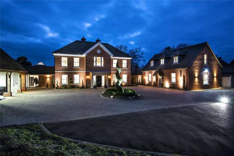 7 Bedrooms Detached House for sale in Hurdle Way, Compton, Winchester, Hampshire, SO21