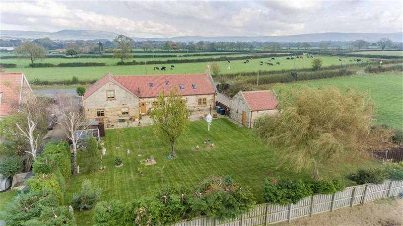 4 Bedrooms Detached House for sale in Great Broughton, Stokelsey