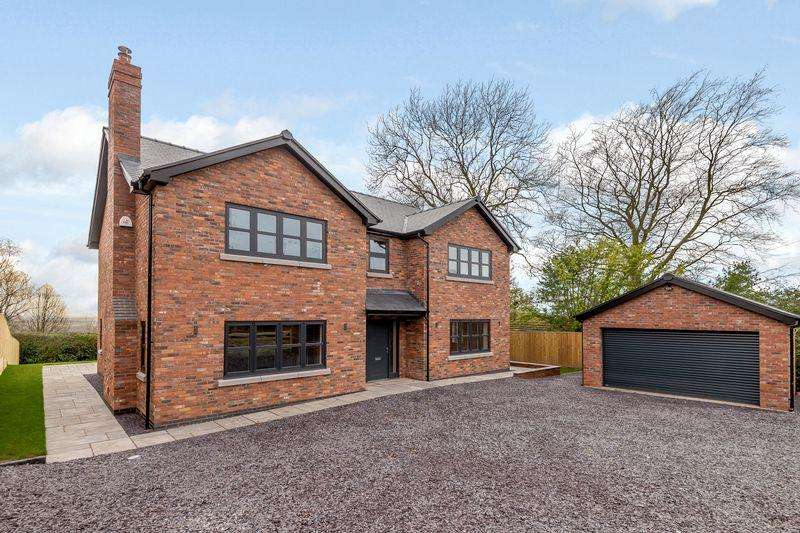 4 Bedrooms Detached House for sale in Kelsall, Nr Tarporley