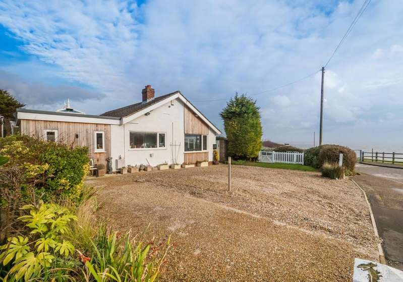 3 Bedrooms Detached Bungalow for sale in Overstrand