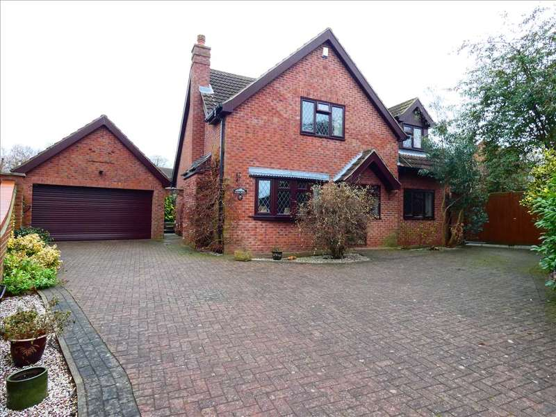 4 Bedrooms Detached House for sale in OAK GROVE, BARROW UPON HUMBER
